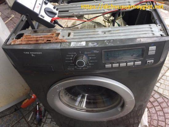 Thợ sửa máy giặt tại La Khê giá rẻ , chuyên nghiệp , Linh kiện chính hãng.